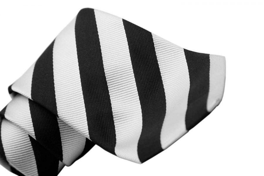 Γραβάτα με λευκή και μαύρη ρίγα