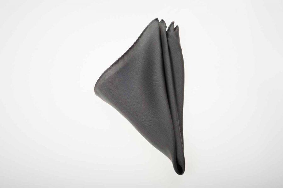 Pochette γκρι σκούρο μονόχρωμο, Μετάξι 100%