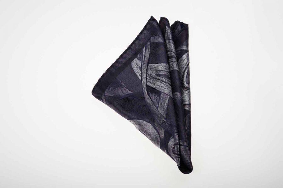 Pochette μαύρο με σπασμένο λευκό fantasy, Μετάξι 100%